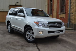 2014 Toyota Landcruiser VDJ200R MY13 Sahara Crystal White 6 Speed Sports Automatic Wagon.