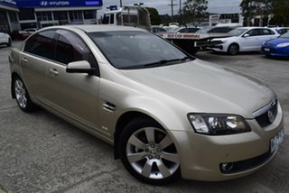 2006 Holden Calais VE V Gold 6 Speed Sports Automatic Sedan.
