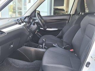 2017 Suzuki Swift GL White Manual Hatchback