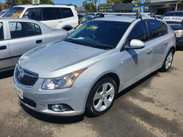 Used Holden Cruze JH Series II MY14 Equipe Morphett Vale, 2014 Holden Cruze JH Series II MY14 Equipe White 6 Speed Sports Automatic Hatchback