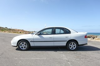 2000 Holden Commodore VX Executive White 4 Speed Automatic Sedan