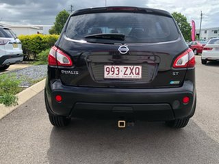2012 Nissan Dualis J10 Series II MY2010 ST Hatch X-tronic Plum 6 Speed Constant Variable Hatchback