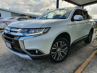 2015 Mitsubishi Outlander LS White 5 Speed Manual Wagon