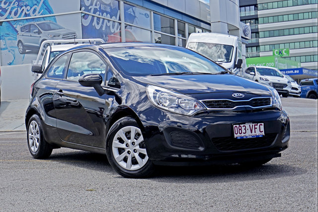 Used Kia Rio UB MY14 S Springwood, 2014 Kia Rio UB MY14 S Black 6 Speed Manual Hatchback