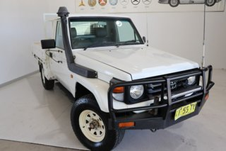 2003 Toyota Landcruiser HZJ79R White 5 Speed Manual Cab Chassis.
