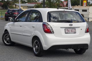 2009 Kia Rio JB MY09 LX White 4 Speed Automatic Hatchback.
