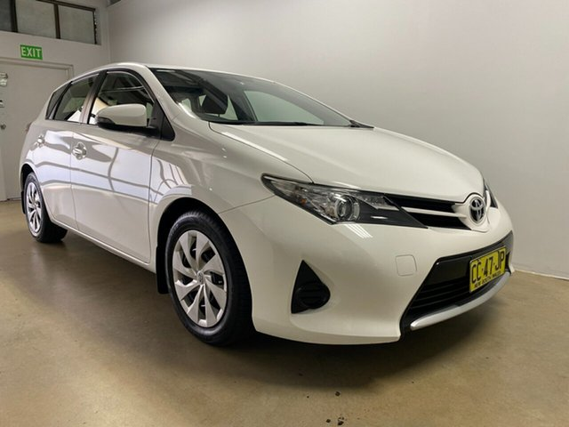 Used Toyota Corolla ZRE182R Ascent Phillip, 2015 Toyota Corolla ZRE182R Ascent White 7 Speed CVT Auto Sequential Hatchback