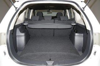 2014 Mitsubishi Outlander ZJ MY14.5 ES 2WD White 6 Speed Constant Variable Wagon