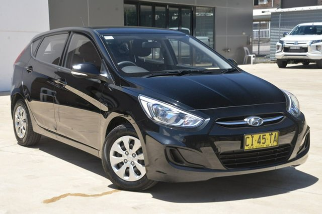 Used Hyundai Accent RB2 MY15 Active Tuggerah, 2015 Hyundai Accent RB2 MY15 Active Black 4 Speed Sports Automatic Hatchback