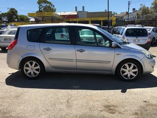 2009 Renault Scenic II J84 Phase II Dynamique 4 Speed Automatic Hatchback.