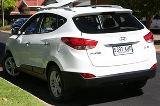 2012 Hyundai ix35 LM MY12 Highlander AWD White 6 Speed Sports Automatic Wagon.