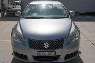 2010 Suzuki Kizashi FR XL Silver 6 Speed Constant Variable Sedan.