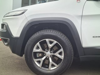 2018 Jeep Cherokee TRAILHAWK White Automatic Wagon