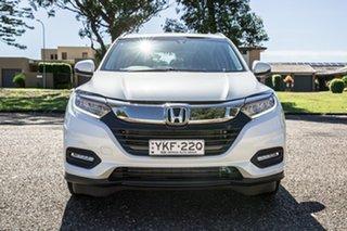 2020 Honda HR-V MY21 VTi-S White 1 Speed Constant Variable Hatchback.