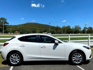 2014 Mazda 3 BM5478 Touring SKYACTIV-Drive White 6 Speed Sports Automatic Hatchback