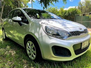 2013 Kia Rio UB MY13 S Bright Silver 6 Speed Manual Hatchback.