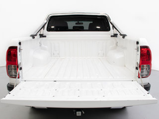2019 Toyota Hilux GUN126R MY19 SR5 (4x4) White 6 Speed Manual Double Cab Pick Up