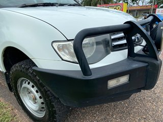 2010 Mitsubishi Triton MN MY11 GLX Club Cab White 5 Speed Manual Utility.