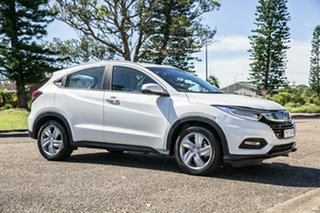 2020 Honda HR-V MY21 VTi-S White 1 Speed Constant Variable Hatchback.