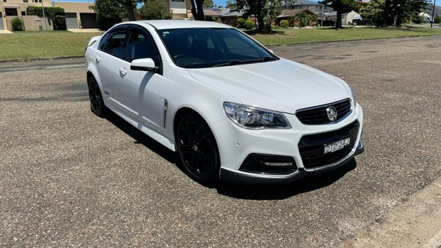 Used Holden Commodore VF MY15 SS Port Macquarie, 2015 Holden Commodore VF MY15 SS White 6 Speed Sports Automatic Sedan