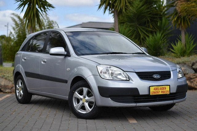 Used Kia Rio JB MY09 LX Morphett Vale, 2009 Kia Rio JB MY09 LX Silver 5 Speed Manual Hatchback