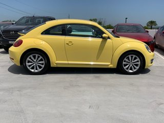 2013 Volkswagen Beetle 1L MY13 Coupe DSG Yellow 7 Speed Sports Automatic Dual Clutch Liftback.