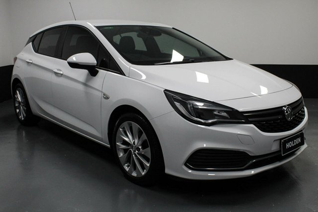 Used Holden Astra BK MY18.5 R Rutherford, 2018 Holden Astra BK MY18.5 R White 6 Speed Sports Automatic Hatchback
