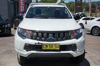 2016 Mitsubishi Triton MQ MY17 GLX 4x2 White 5 Speed Manual Cab Chassis.