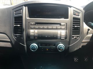 2006 Mitsubishi Pajero NS VR-X LWB (4x4) Green 5 Speed Manual Wagon