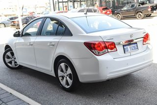 2013 Holden Cruze JH Series II MY13 CD White 6 Speed Sports Automatic Sedan.