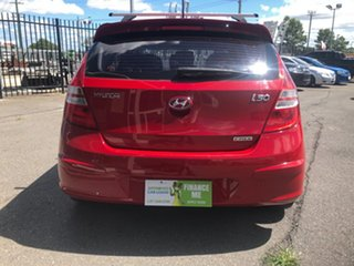 2011 Hyundai i30 FD MY11 SLX 1.6 CRDi Red 5 Speed Manual Hatchback