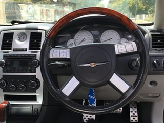 2005 Chrysler 300C MY2006 HEMI 5 Speed Sports Automatic Sedan