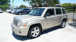 2011 Jeep Patriot MK MY2010 Sport Gold 5 Speed Manual Wagon.