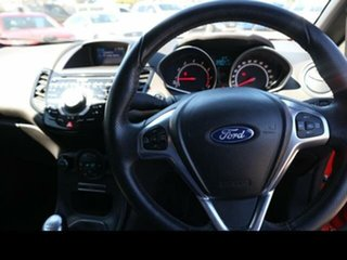 Ford  (EU) 2013.25 MY 3 DOOR HATCH ST . 1.6L PETROL 6S