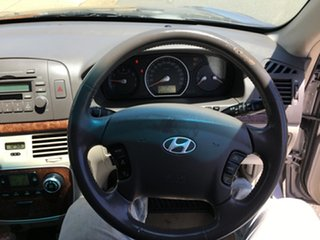2005 Hyundai Sonata NF Elite 5 Speed Automatic Sedan