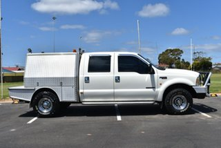 2002 Ford F250 XLT White 4 Speed Automatic Utility
