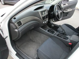 2008 Subaru Impreza White 5 Speed Manual Hatchback