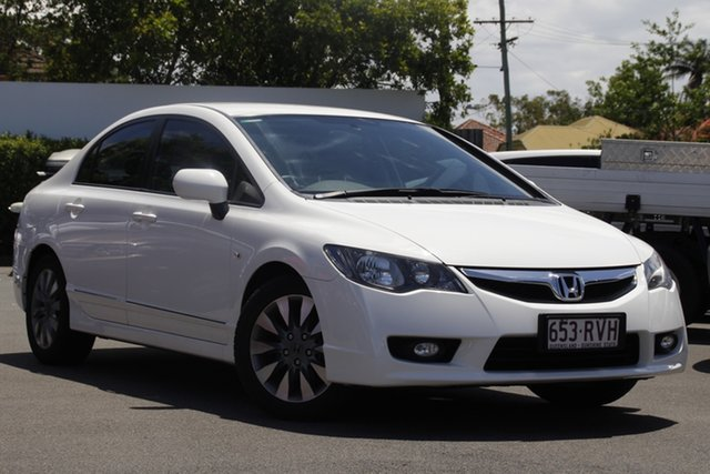 Used Honda Civic 8th Gen MY11 VTi-L Mount Gravatt, 2011 Honda Civic 8th Gen MY11 VTi-L White 5 Speed Automatic Sedan