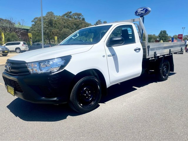 Used Toyota Hilux Workmate Goulburn, 2018 Toyota Hilux Workmate White Sports Automatic Cab Chassis - Single Cab