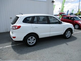 2010 Hyundai Santa Fe SLX White 5 Speed Automatic Wagon.