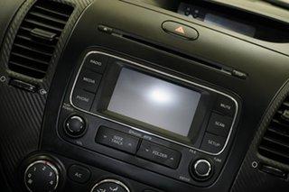 2013 Kia Cerato YD MY14 SI Temptation Red 6 Speed Manual Hatchback