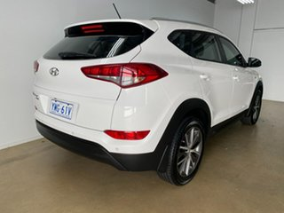 2015 Hyundai Tucson TL Active X (FWD) White 6 Speed Automatic Wagon.