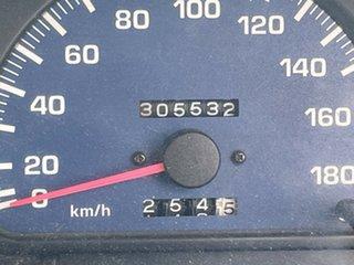 2000 Toyota Hilux KZN165R White 5 Speed Manual Utility