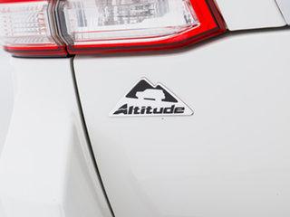 2011 Toyota Landcruiser UZJ200R Altitude SE White 5 Speed Automatic Wagon