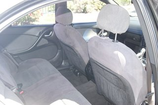 2004 Holden Calais VZ White 4 Speed Automatic Sedan
