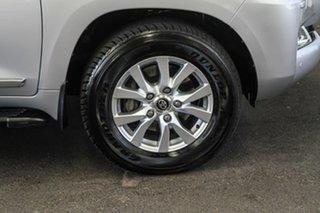 2018 Toyota Landcruiser VDJ200R MY16 Sahara (4x4) Silver Pearl 6 Speed Automatic Wagon