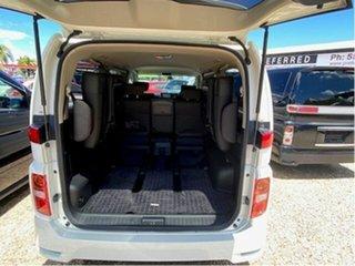 2007 Nissan Elgrand E51 White 5 Speed Automatic Wagon