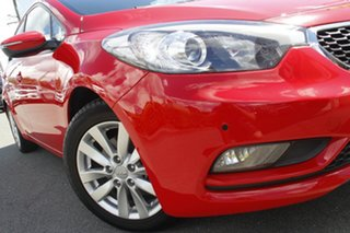 2014 Kia Cerato YD MY15 S Premium Racing Red 6 Speed Sports Automatic Hatchback.