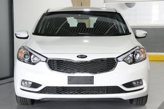 2015 Kia Cerato YD MY15 S White 6 Speed Automatic Hatchback