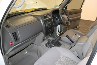 2015 Nissan Patrol Y61 Series 5 MY15 DX 5 speed Manual Cab Chassis